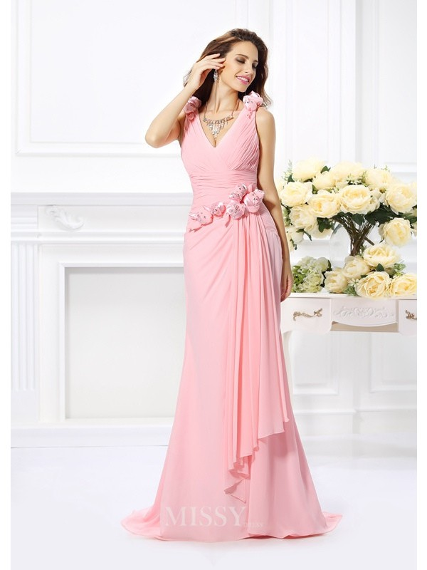 Trumpet/Mermaid Sleeveless Chiffon V-neck Hand-Made Flower Sweep/Brush Train Dresses