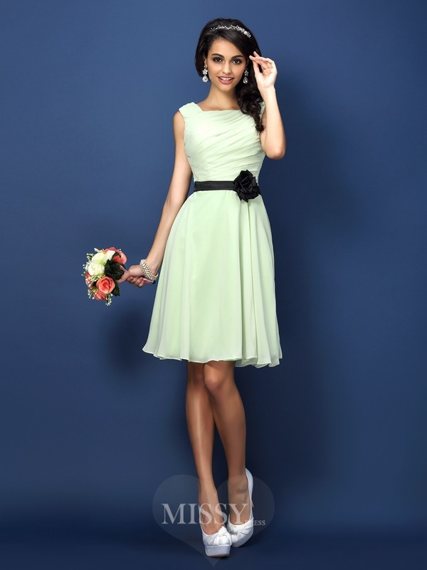 A-Line/Princess Bateau Sleeveless Pleats Short/Mini Chiffon Bridesmaid Dresses
